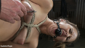 Tattoo babe gets tied to bench, roped an - XXX Dessert - Picture 9