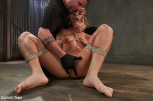 Guy suspends chick with ropes upside dow - XXX Dessert - Picture 8