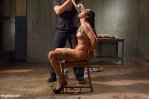 Slim sexy bitch tied to chair and then h - XXX Dessert - Picture 4
