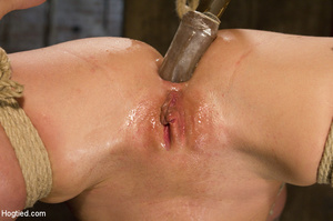 Big tits blonde roped on tits and cunt a - XXX Dessert - Picture 12