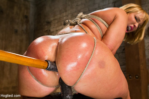 Blonde with big hot tits and butt tied w - XXX Dessert - Picture 12