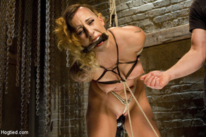 Sexy chick roped to bench and then hung  - XXX Dessert - Picture 13