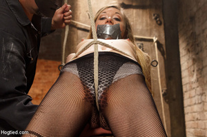 Slim sexy damsel stripped, roped and hun - XXX Dessert - Picture 3
