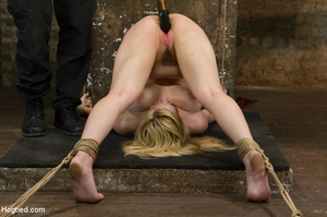 Lusty blonde pegged on cunt and tied wit - XXX Dessert - Picture 6