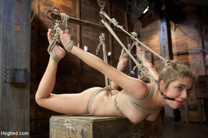 White chick gets roped and suspended as  - XXX Dessert - Picture 5