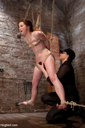 Sweet nude babe roped and hung with head - XXX Dessert - Picture 5