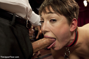 Hairy cunt babe and friend service room  - XXX Dessert - Picture 5