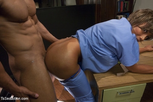 Two hot she-males and two randy guys suc - XXX Dessert - Picture 5