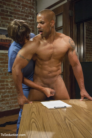 Two hot she-males and two randy guys suc - XXX Dessert - Picture 6