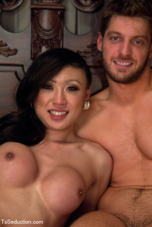 Cute shemale with hot tits bangs guy's s - XXX Dessert - Picture 15