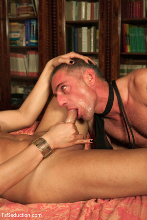 Tied up guy sucks tranny's feet and cock - XXX Dessert - Picture 8
