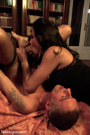 Tied up guy sucks tranny's feet and cock - XXX Dessert - Picture 12