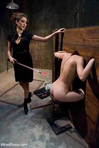 slim chick tied pegged