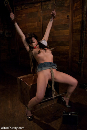 Slim girl bound, tied, wired on thighs a - XXX Dessert - Picture 4