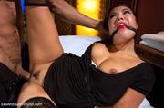 sexy masseur gets choked