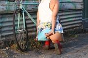 blonde bike gives peep
