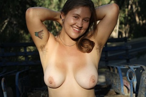 Lusty shaped babe goes nude by cat wheel - XXX Dessert - Picture 1