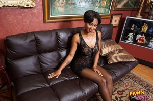 Sweet curvy ebony slut waste no time str - XXX Dessert - Picture 7