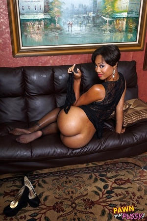 Sweet curvy ebony slut waste no time str - XXX Dessert - Picture 8