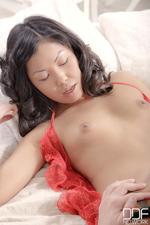 Asian babe in red and black underwear wa - XXX Dessert - Picture 4