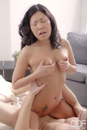 Asian babe in red and black underwear wa - XXX Dessert - Picture 13