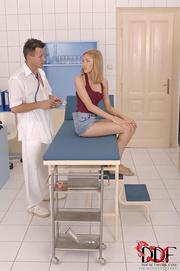 doc's examination blonde tan