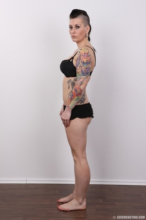 Tattooed pierced chick with big round ti - XXX Dessert - Picture 8