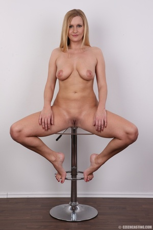Sweet looking blonde milf with big tits, - XXX Dessert - Picture 19