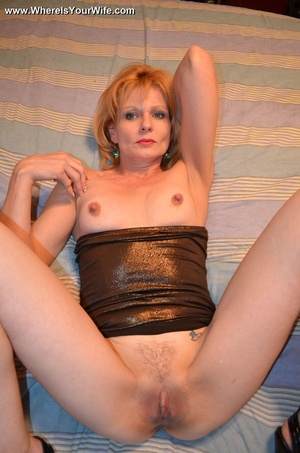 Slutty blonde granny in a black dress an - XXX Dessert - Picture 11