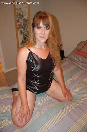 Curvy ginger MILF in a skinny short dres - XXX Dessert - Picture 8