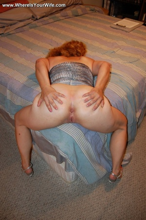 Big-titted curly granny in a silver dres - XXX Dessert - Picture 10