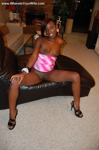 ebony housewife flaunting her