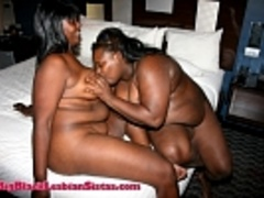 Chocolate and Betty's titty foreplay and lezzie - Picture 3