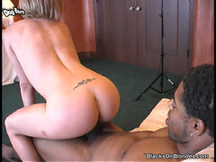 2 on 1, interracial, squirting, tattoos