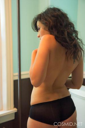 Dreamy-looking brunette in black panties - XXX Dessert - Picture 9