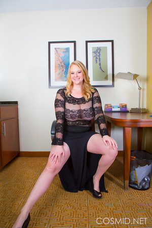 Big blond lady proves full figured women - XXX Dessert - Picture 1