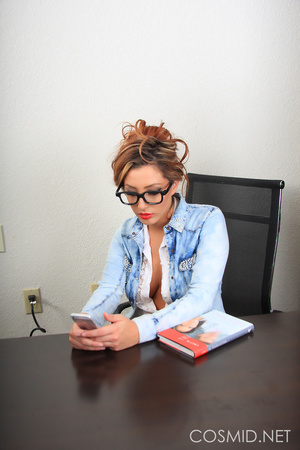 Office secretary sheds her office image  - XXX Dessert - Picture 1