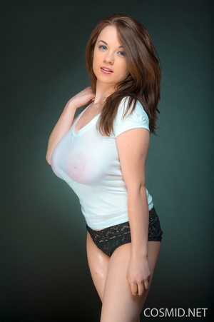 Petite brunette in wet tees and black la - XXX Dessert - Picture 2