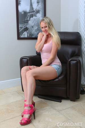 Blond in  tank top strips down to show a - XXX Dessert - Picture 2