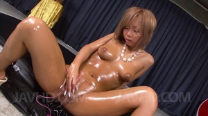 Captivating vamp gets lubed and ready fo - XXX Dessert - Picture 5
