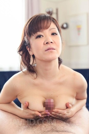 Big boobed MILF in pink and black linger - XXX Dessert - Picture 6