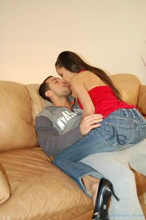 Slut in blue jeans and red top with heel - XXX Dessert - Picture 4