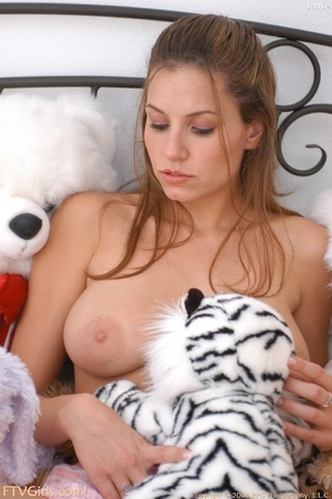 Jamie Lynn vagina gaping closeups - XXX Dessert - Picture 7