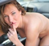 Pornstar Olivia Alize erotica