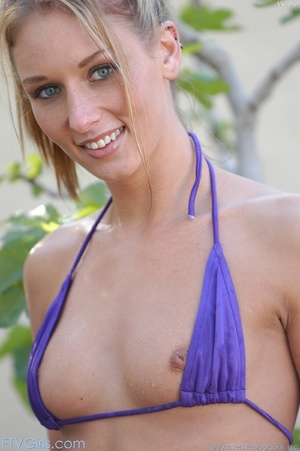 Pornstar Montana Rae erotica - XXX Dessert - Picture 3