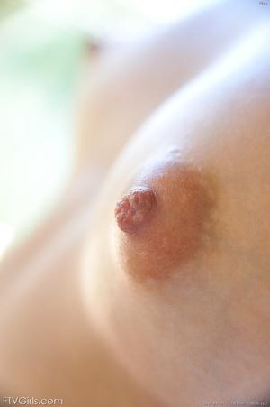 Riley Reid nipple stretching - XXX Dessert - Picture 5