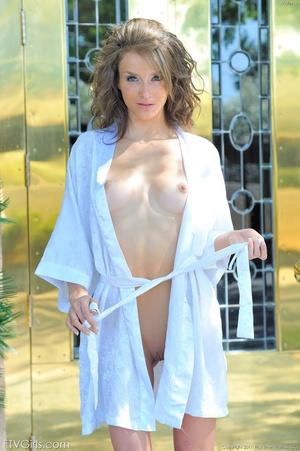 Glamour model Malena Morgan vibraking - XXX Dessert - Picture 8