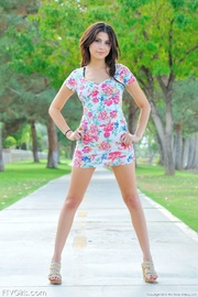 glamour model eliana video