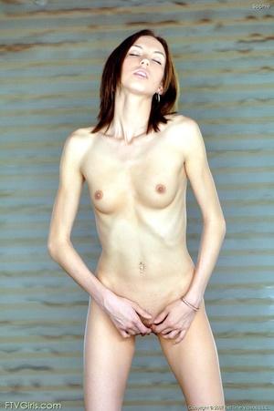 20 yo Sophie Strauss masturbation to org - XXX Dessert - Picture 15