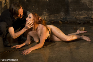 Ginger vixen gets her shaved pussy drill - XXX Dessert - Picture 6
